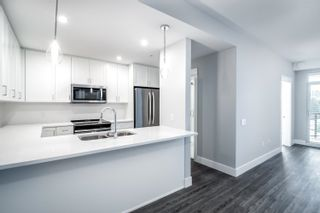 """Photo 2: 4620 2180 KELLY Avenue in Port Coquitlam: Central Pt Coquitlam Condo for sale in """"Montrose Square"""" : MLS®# R2613979"""