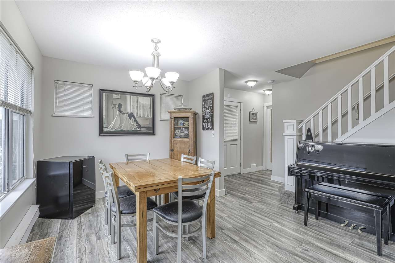 """Photo 2: Photos: 104 12099 237 Street in Maple Ridge: East Central Townhouse for sale in """"GABRIOLA"""" : MLS®# R2436710"""