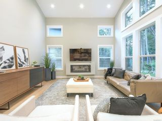 Photo 2: 1153 Nature Park Pl in : Hi Bear Mountain House for sale (Highlands)  : MLS®# 888121