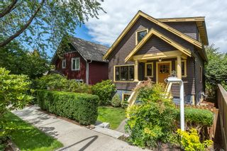 """Photo 2: 1559 E 20TH Avenue in Vancouver: Knight House for sale in """"GIBSON CLOSE"""" (Vancouver East)  : MLS®# R2089733"""