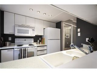 """Photo 9: B201 1331 HOMER Street in Vancouver: Yaletown Condo for sale in """"PACIFIC POINT"""" (Vancouver West)  : MLS®# V1031443"""