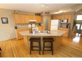 Photo 6: 100 Brian Monkman Bay in WINNIPEG: Windsor Park / Southdale / Island Lakes Residential for sale (South East Winnipeg)  : MLS®# 1415599