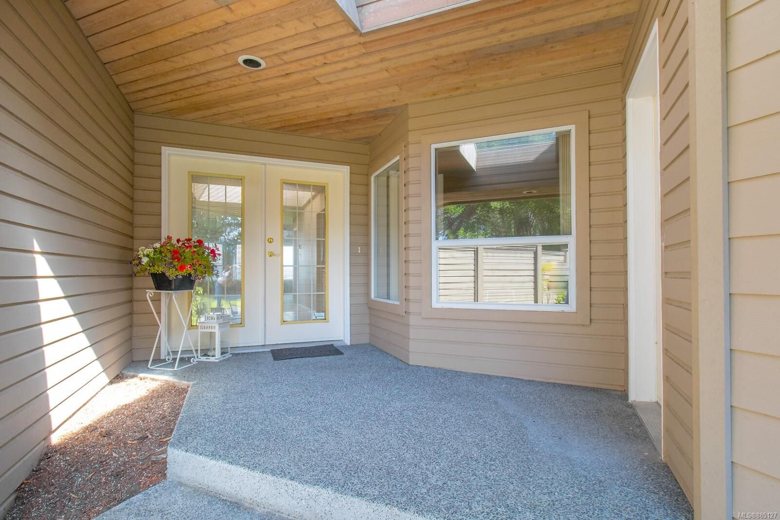Photo 18: Photos: 26 529 Johnstone Rd in : PQ French Creek Row/Townhouse for sale (Parksville/Qualicum)  : MLS®# 885127
