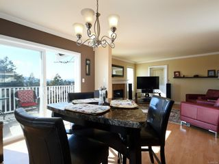 Photo 4: 900 Cavalcade Terr in : La Florence Lake House for sale (Langford)  : MLS®# 857526