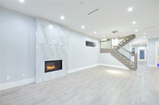 Photo 2: 7835 12 Avenue in Burnaby: East Burnaby 1/2 Duplex for sale (Burnaby East)  : MLS®# R2434588