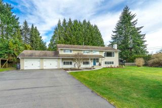"""Photo 2: 4748 238 Street in Langley: Salmon River House for sale in """"Strawberry Hills"""" : MLS®# R2549146"""