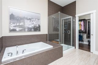 Photo 26: 2334 FREZENBERG Avenue in Edmonton: Zone 27 House for sale : MLS®# E4225893