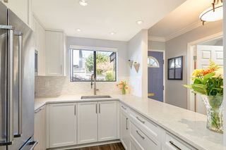 """Photo 6: 18 225 W 14TH Street in North Vancouver: Central Lonsdale Townhouse for sale in """"CARLTON COURT"""" : MLS®# R2567110"""