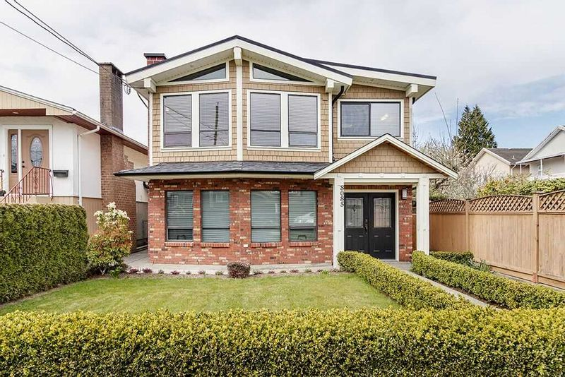 FEATURED LISTING: 8085 15TH Avenue Burnaby
