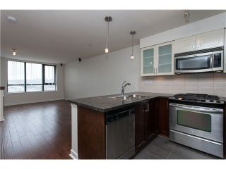 """Photo 8: 2006 1 RENAISSANCE Square in New Westminster: Quay Condo for sale in """"THE Q"""" : MLS®# V1043023"""