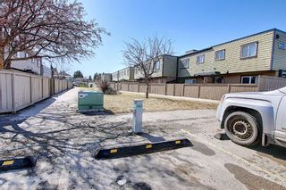 Photo 30: 22 3809 45 Street SW in Calgary: Glenbrook Row/Townhouse for sale : MLS®# A1090876