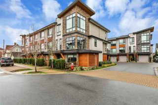 "Photo 2: 11 16488 64 Avenue in Surrey: Cloverdale BC Townhouse for sale in ""Harvest at Bose Farm"" (Cloverdale)  : MLS®# R2553677"