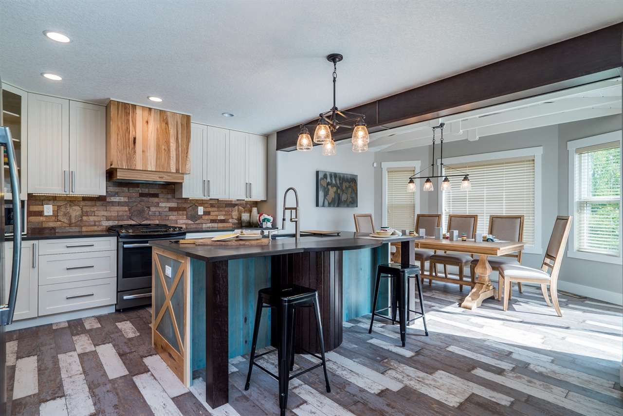 """Photo 7: Photos: 7630 CREEKSIDE Way in Prince George: Lower College House for sale in """"CREEKSIDE PROPERTIES"""" (PG City South (Zone 74))  : MLS®# R2124775"""