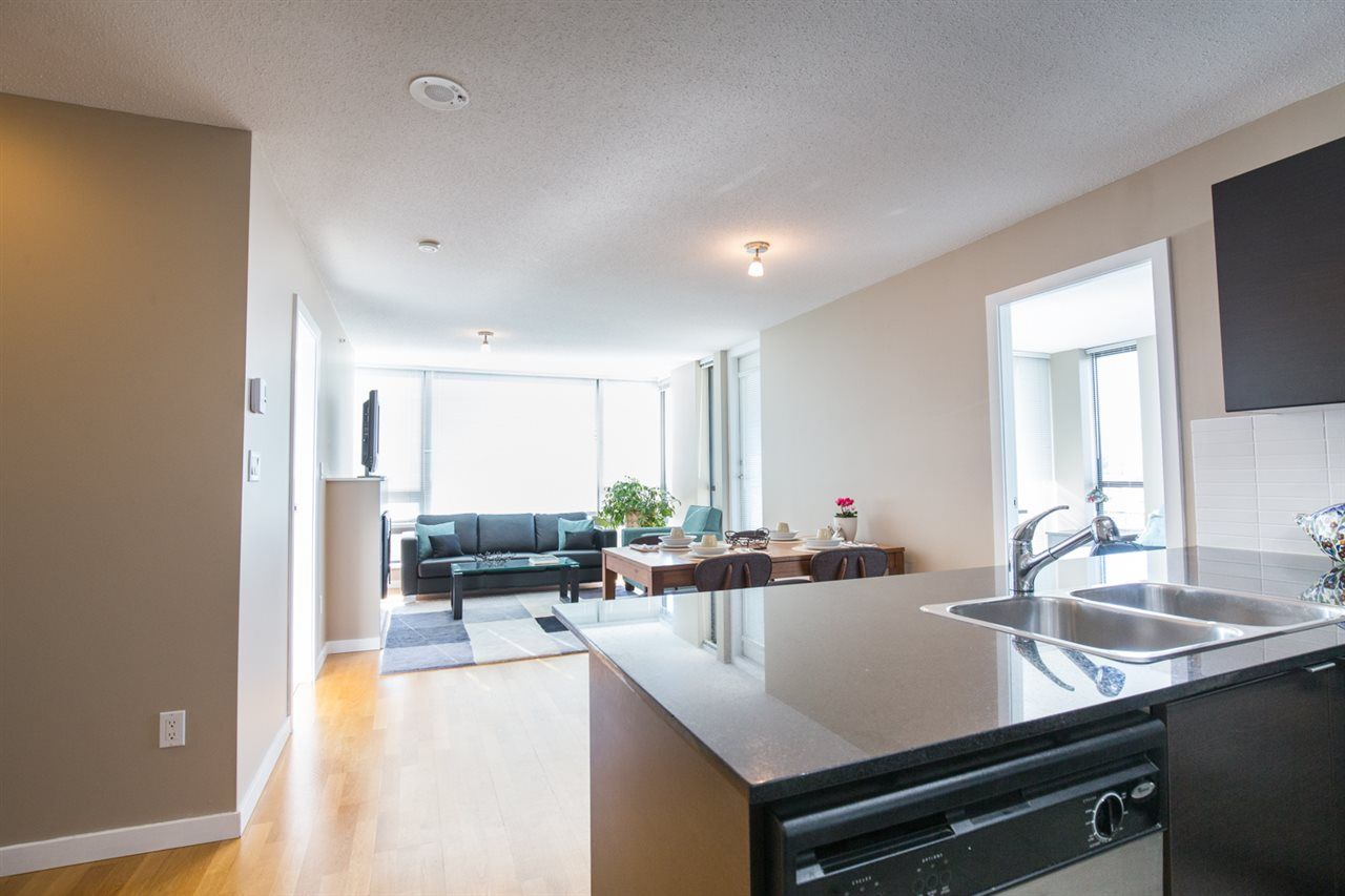 "Photo 2: Photos: 1002 4118 DAWSON Street in Burnaby: Brentwood Park Condo for sale in ""TANDEM TOWER 1"" (Burnaby North)  : MLS®# R2101410"