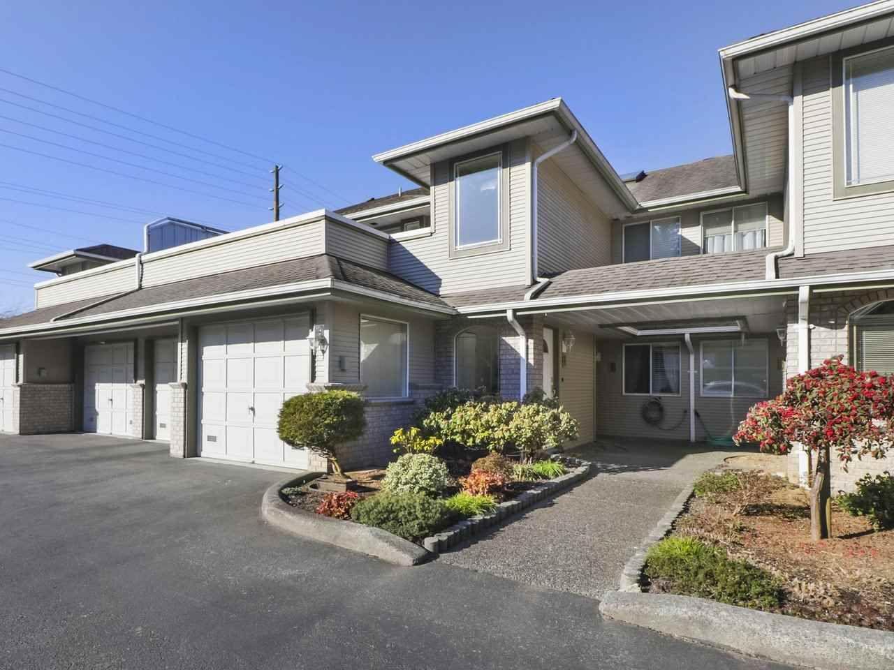 "Main Photo: 3 21491 DEWDNEY TRUNK Road in Maple Ridge: West Central Townhouse for sale in ""Dewdney West"" : MLS®# R2446784"