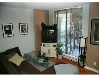 """Photo 3: 833 AGNES Street in New Westminster: Downtown NW Condo for sale in """"NEWS"""" : MLS®# V610315"""