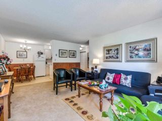 """Photo 6: 208 1045 HOWIE Avenue in Coquitlam: Central Coquitlam Condo for sale in """"Villa Borghese"""" : MLS®# R2591355"""
