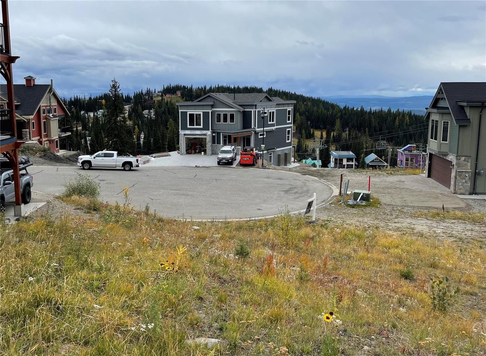 Main Photo: #Lot 43 195 Valerian Lane, in Silver Star: Vacant Land for sale : MLS®# 10240778