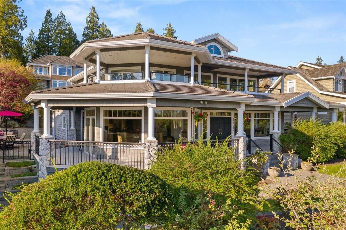 "Main Photo: 13505 13A Avenue in Surrey: Crescent Bch Ocean Pk. House for sale in ""OCEAN PARK"" (South Surrey White Rock)  : MLS®# R2624392"