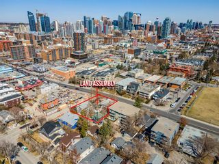 Photo 4: 2103 14 Street SW in Calgary: Bankview Detached for sale : MLS®# A1098935
