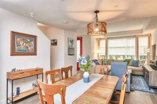 Photo 5: 205 1055 RIDGEWOOD Drive in North Vancouver: Edgemont Townhouse for sale : MLS®# R2575965