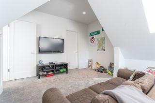 Photo 20: 3003 MCBRIDE Avenue in Surrey: Crescent Bch Ocean Pk. House for sale (South Surrey White Rock)  : MLS®# R2487492