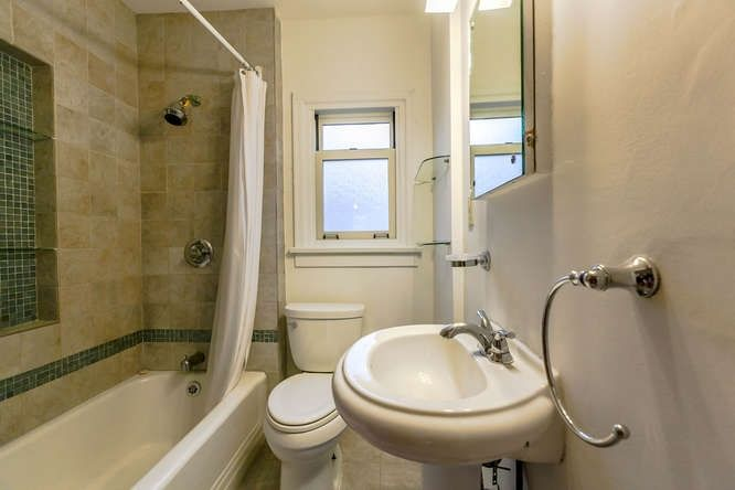 Photo 12: Photos: 808 E 28TH AVENUE in Vancouver: Fraser VE House for sale (Vancouver East)  : MLS®# R2154503