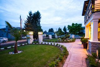 Photo 3: 919 WALLS AVENUE in COQUITLAM: House for sale