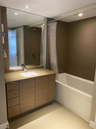 "Photo 10: 1206 135 E 17TH Street in North Vancouver: Central Lonsdale Condo for sale in ""Local on Lonsdale"" : MLS®# R2511762"