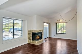 Photo 5: SPRING VALLEY House for sale : 4 bedrooms : 9498 Roseglen Pl