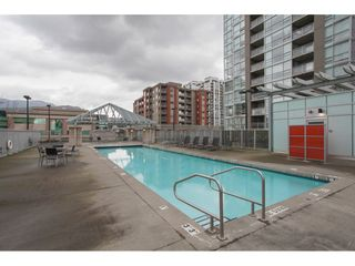 """Photo 19: 2202 2968 GLEN Drive in Coquitlam: North Coquitlam Condo for sale in """"Grand Central 2"""" : MLS®# R2142180"""