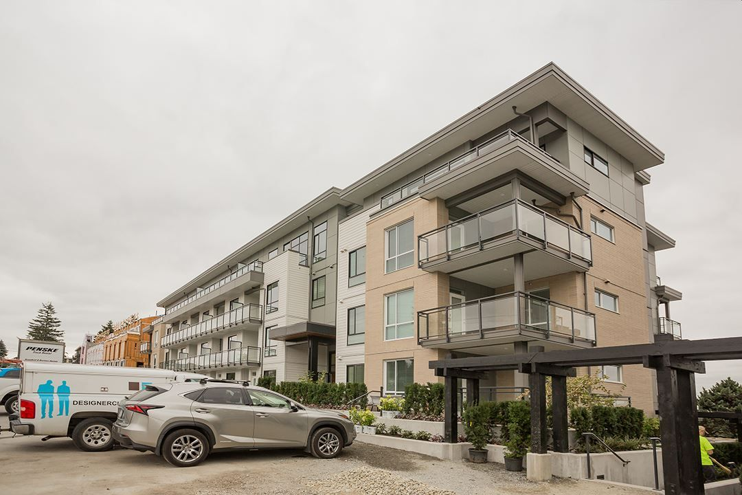 "Main Photo: 105 625 E 3RD Street in North Vancouver: Lower Lonsdale Condo for sale in ""Kindred II"" : MLS®# R2396341"