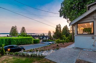Photo 11: 2633 LAWSON Avenue in West Vancouver: Dundarave House for sale : MLS®# R2616423