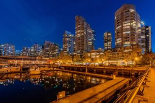 """Main Photo: 1302 560 CARDERO Street in Vancouver: Coal Harbour Condo for sale in """"THE AVILA @ THE WATERFRONT"""" (Vancouver West)  : MLS®# R2621531"""