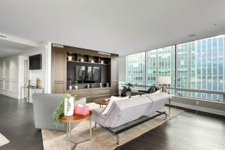 "Photo 11: 2003 1077 W CORDOVA Street in Vancouver: Coal Harbour Condo for sale in ""SHAW TOWER-COAL HARBOUR WATERFRONT"" (Vancouver West)  : MLS®# R2526230"