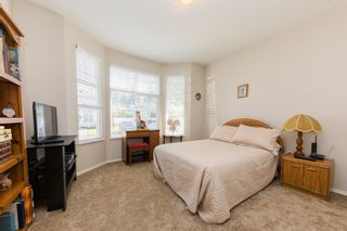 """Photo 11: 59 20770 97B Avenue in Langley: Walnut Grove Townhouse for sale in """"MUNDAY CREEK"""" : MLS®# R2271523"""