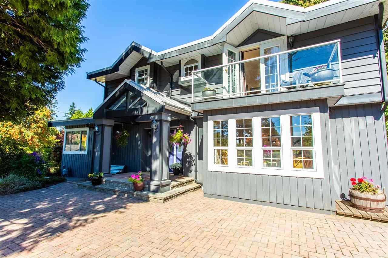 Main Photo: 66 ENGLISH BLUFF Road in Delta: Pebble Hill House for sale (Tsawwassen)  : MLS®# R2495805
