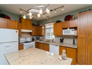 """Photo 5: 49 15188 62A Avenue in Surrey: Sullivan Station Townhouse for sale in """"Gillis Walk"""" : MLS®# F1413374"""