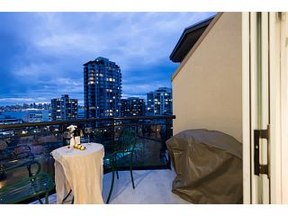 """Photo 6: 404 131 W 3RD Street in North Vancouver: Lower Lonsdale Condo for sale in """"Seascape Landing"""" : MLS®# V1044034"""