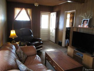 Photo 7: 731 McCalman Avenue in WINNIPEG: East Kildonan Residential for sale (North East Winnipeg)  : MLS®# 1503151