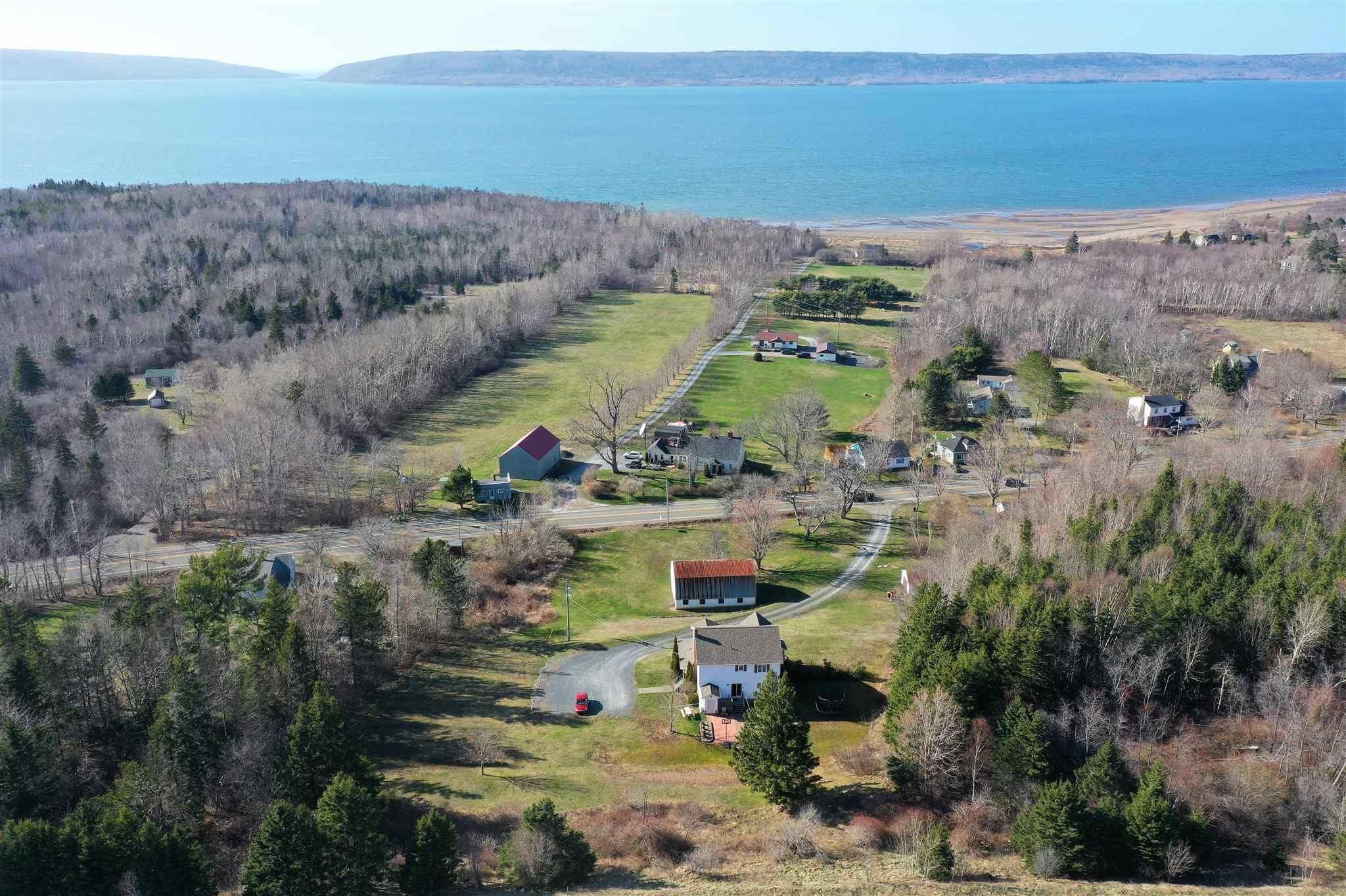 Main Photo: 234 HIGHWAY 1 in Deep Brook: 400-Annapolis County Residential for sale (Annapolis Valley)  : MLS®# 202108924