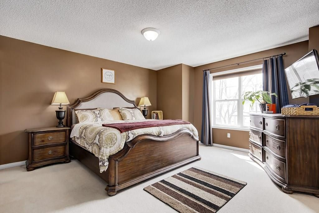 Photo 14: Photos: 32 INVERNESS Boulevard SE in Calgary: McKenzie Towne House for sale : MLS®# C4175544