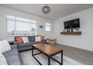 "Photo 10: 9 34230 ELMWOOD Drive in Abbotsford: Central Abbotsford Townhouse for sale in ""Ten Oaks"" : MLS®# R2386873"