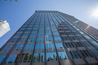 """Photo 1: 1602 989 NELSON Street in Vancouver: Downtown VW Condo for sale in """"The Electra"""" (Vancouver West)  : MLS®# R2431678"""