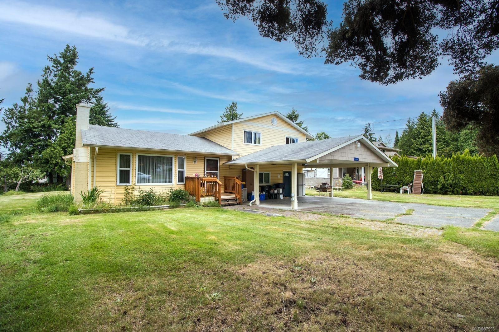 Main Photo: 7488 Elizabeth Way in : Na Upper Lantzville House for sale (Nanaimo)  : MLS®# 879981
