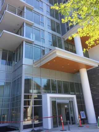 "Photo 9: 2106 520 COMO LAKE Avenue in Coquitlam: Coquitlam West Condo for sale in ""THE CROWN"" : MLS®# R2209731"