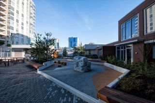 """Photo 5: 211 150 W 15TH Street in North Vancouver: Central Lonsdale Condo for sale in """"15 WEST"""" : MLS®# R2597061"""