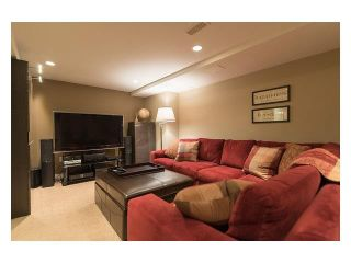 """Photo 13: 4687 HOSKINS Road in North Vancouver: Lynn Valley Townhouse for sale in """"Yorkwood Hills"""" : MLS®# V1130189"""