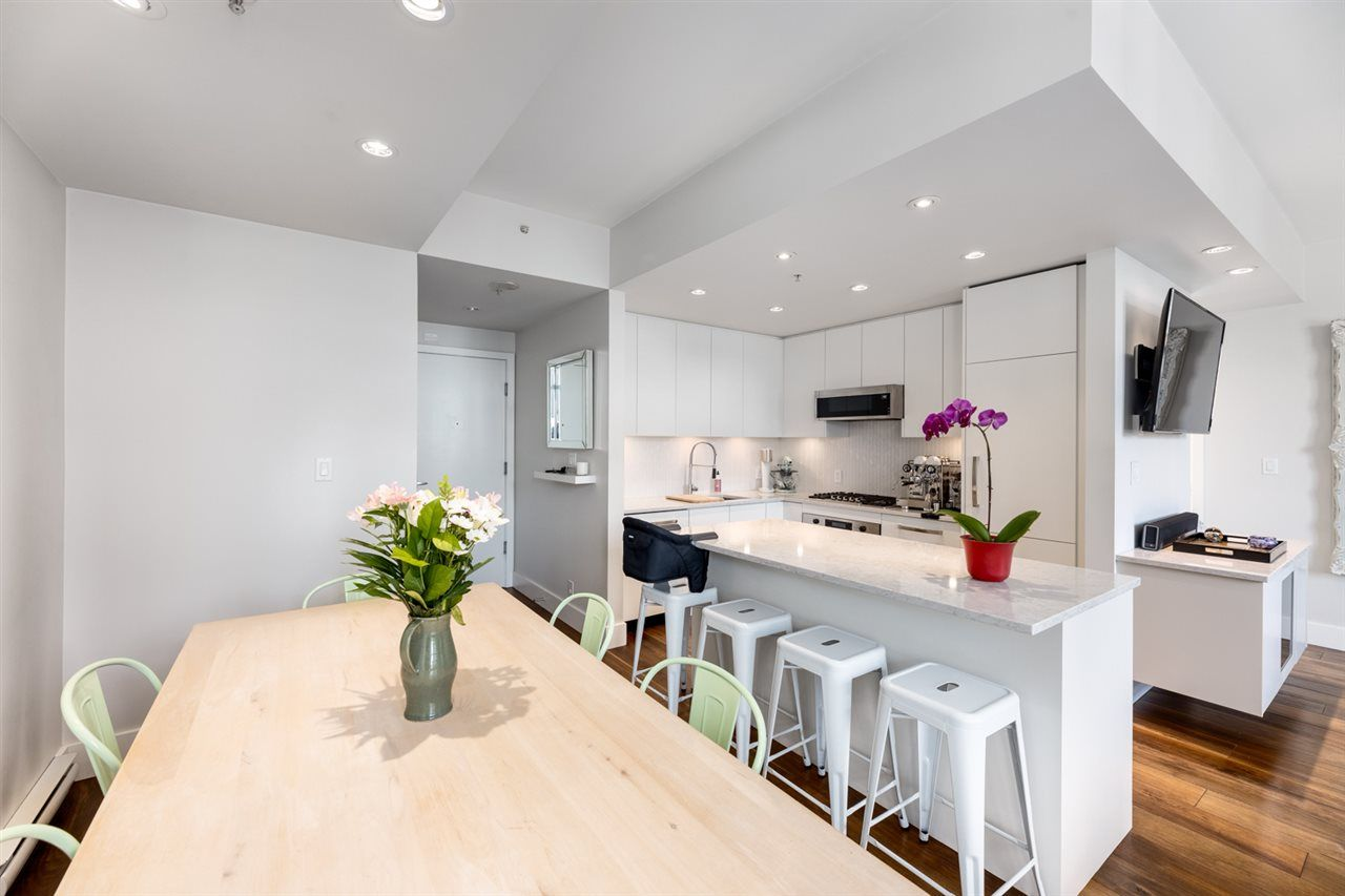 Main Photo: 601 531 BEATTY STREET in Vancouver: Downtown VW Condo for sale (Vancouver West)  : MLS®# R2490914