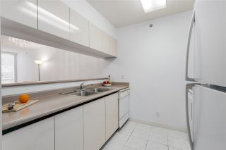 """Photo 8: 303 500 W 10TH Avenue in Vancouver: Fairview VW Condo for sale in """"Cambridge Court"""" (Vancouver West)  : MLS®# R2050237"""
